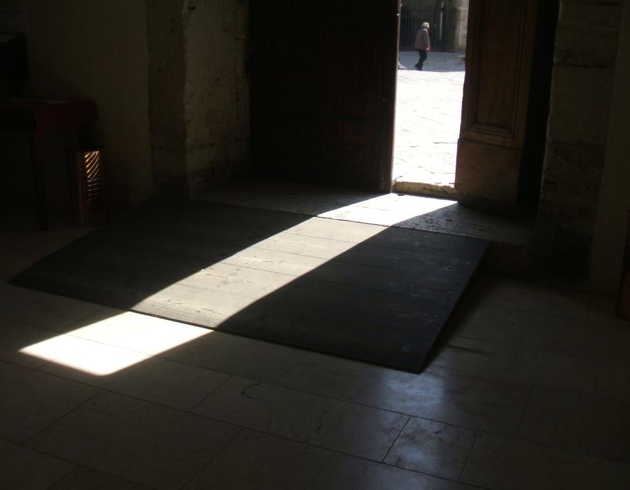 3.porta d'ingresso chiesa dall'interno