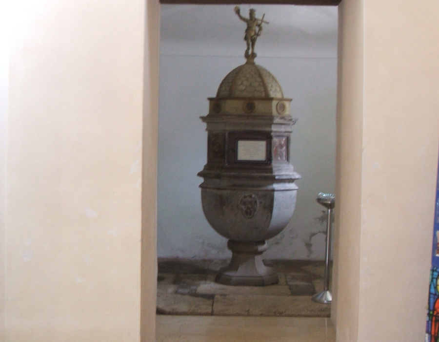 7.ingresso cappella laterale 1