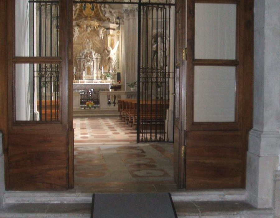 foto_7.pedana cappella del sacramento