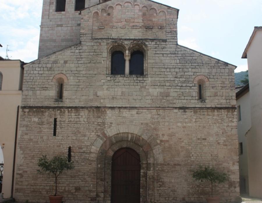 Basilica-di-Sant_Eufemia-Spoleto