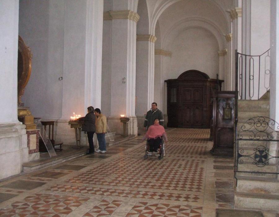 foto_3.corridoio navata destra